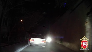 В Алуште сотрудники ГИБДД в результате погони задержали пьяного водителя
