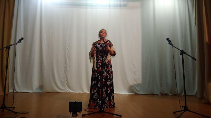 Белоглазова В читает Ярмарка в Симбирске Евтушенко