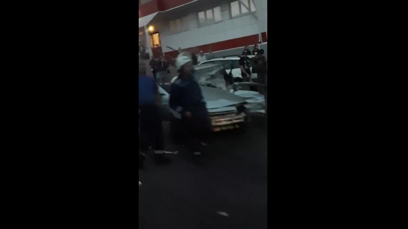 авария на улице Студеновской