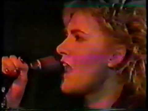 Marie Fredriksson with Lasse Lindbom band Bågen tv 1984